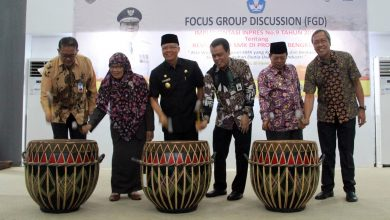 Photo of Rohidin: Kompetensi SMK Harus Sesuai Tuntutan Industri