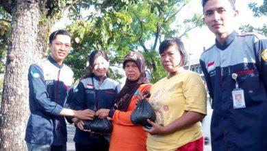 Photo of Pahlawan Pembersih Lingkungan Itu Penyapu Jalan dan Pemulung