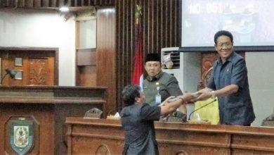 Photo of Raperda Usulan Gubernur Lanjut ke Pendapat Akhir Fraksi