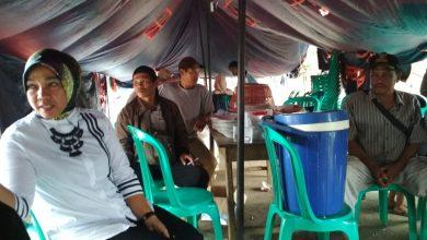 Photo of Sambangi Korban Kebakaran, Evi Susanti Minta Pemkab Surati Perusahaan