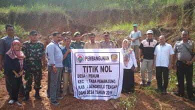 Photo of Minimalisir Longsor, Desa Penum Bangun Pelapis Tebing