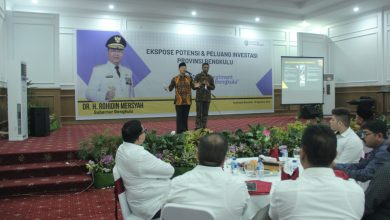 Photo of Rohidin Ajak Investor India Investasi ke Provinsi Bengkulu