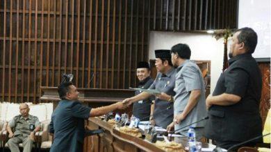 Photo of DPRD Provinsi Lanjutkan Pembahasan Raperda Pertanggungjawaban APBD 2018