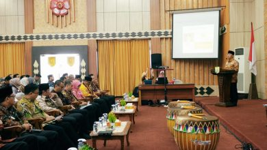 Photo of Gubernur Beri Beasiswa untuk ASN yang Bekerja Sama dengan BPKP