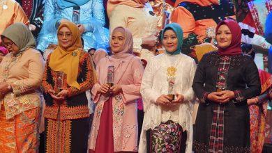 Photo of Miliki Dedikasi Tinggi, Derta Wahyulin Sabet Penghargaan Nasional