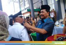 Photo of Pantun Bupati Cairkan Suasana Pelantikan Kades dan BPD