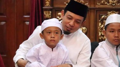 Photo of Dedy Wahyudi Bersama Anak Yatim Asuhannya