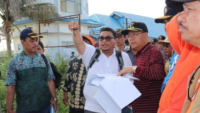 Photo of Serius Bangun Enggano, Rohidin Pastikan Pembangunan Dermaga Kahyapu Secepatnya