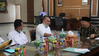 Photo of Gubernur Rohidin Minta Pengerjaan Jalan-Jembatan Nasional Tetap Terlaksana Sesuai Target
