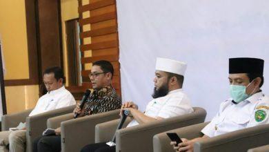 Photo of Ini Penjelasan OJK Soal Penundaan Kredit 1 Tahun