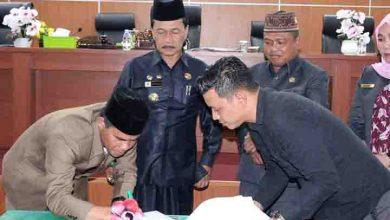 Photo of Paripurna, DPRD Bengkulu Tengah Dengar Pandangan Umum Raperda
