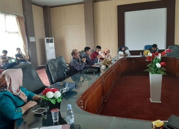"WhatsApp Image 2020 04 02 at 03.03.14 DPRD Hearing Terkait Postingan Heboh ""DPRD Benteng Jadi Panti Pijat"""