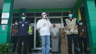 Photo of Gubernur Rohidin Serahkan 300 APD Di Kepahiang