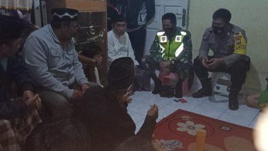 Photo of Anggota Babinsa dan Bhabinkamtibmas gelar kegiatan Problem Solving
