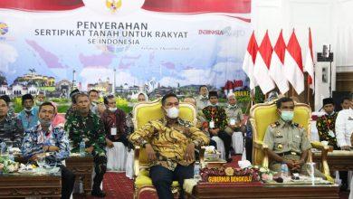 Photo of 26 Ribu Sertifikat Tanah Dibagikan Oleh Presiden Untuk Masyarakat Bengkulu Secara Virtual