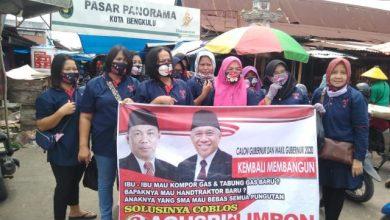Photo of Tim Srikandi Agusrin Sapa Para Pedagang, Mereka Menyuarakan Agusrin-Imron