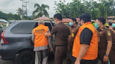 Photo of Ditahan Jaksa, Kadis DPM Provinsi Bengkulu Tersangka Kasus Korupsi