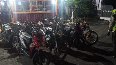 Photo of Polres BS Tertibkan Balap Liar, 18 Sepeda Motor Berhasil Ditilang