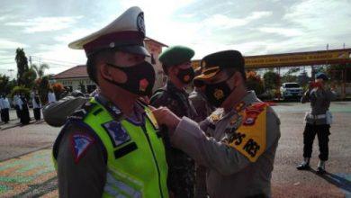 Photo of Gelar Pasukan Ops Lilin Nala 2020, Personil Gabungan Polres Kaur Terapkan Prokes
