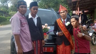 Photo of Ikut Andil Gaungkan Program HD Oto, Kadiskop Fasilitasi Transportasi Nikahan Warga