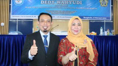 Photo of Tuntaskan S3, Dedy Wahyudi Wakil Walikota Bengkulu Pertama Bergelar Doktor