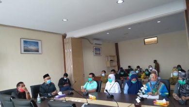 Photo of Insentif Belum Dibayar, Puluhan Nakes RSMY Datangi Kantor DPRD