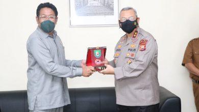 Photo of Ketua DPRD Provinsi Bengkulu Dikunjungi Kapolda Irjen. Pol. Guntur Setyanto